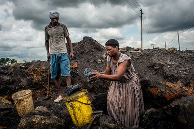 08_workers in coal mine_South Africa_2016