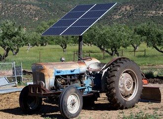 Solar Powered Tractor_Photo Alan Levine on Flickr