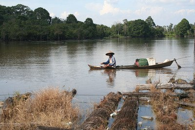 fisherman on the Kampar river