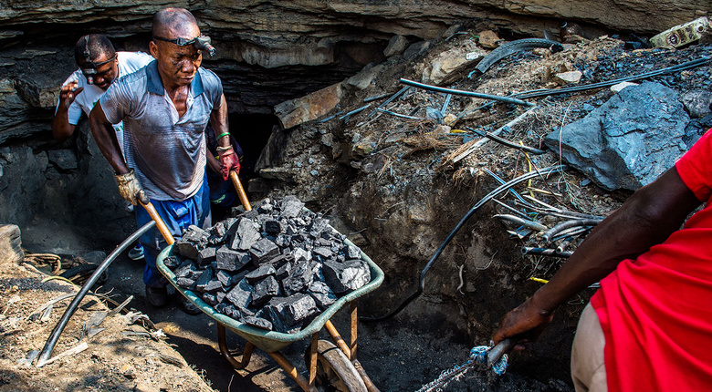 Coal_Mining_in_South_Africa.jpg